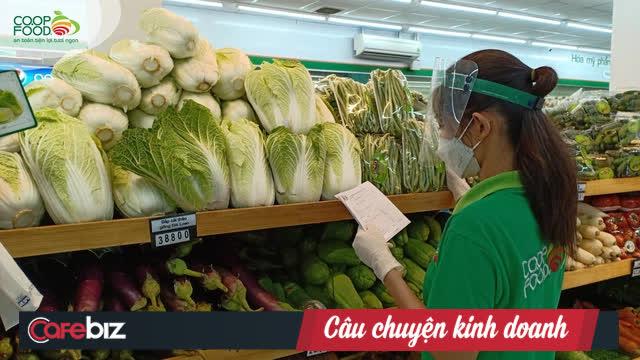 """Một phụ nữ kể chuyện đi siêu thị mua mớ rau răm héo giá 14.000 đồng, củ gừng 21.000 đồng: Tại sao một doanh nghiệp lớn, giữa lúc người dân đang khó khăn mà nỡ lòng nâng giá lên như vậy!""""-2"""
