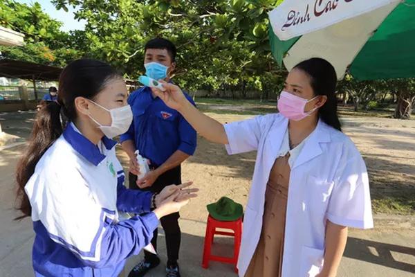 Một giáo viên sau coi thi tốt nghiệp THPT dương tính SARS-CoV-2