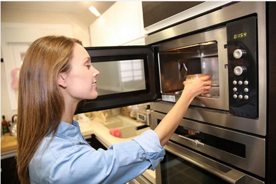 Mùa hè nắng nóng, nhu cầu sử dụngnước tăng cao, hãy học ngay 10 mẹo nhỏ đơn giản nàysẽ giúp bạntiết kiệm nước trong nhà bếp hiệu quả!-1