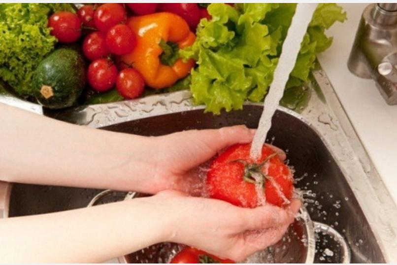 Mùa hè nắng nóng, nhu cầu sử dụngnước tăng cao, hãy học ngay 10 mẹo nhỏ đơn giản nàysẽ giúp bạntiết kiệm nước trong nhà bếp hiệu quả!-2