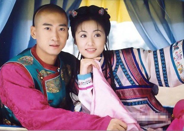 Nhĩ Khang (Hoàn Châu Cách Cách): Toang cả sự nghiệp vì Lâm Tâm Như, lật mặt sau 20 năm chịu oan và giờ thành đại gia trồng lúa-2