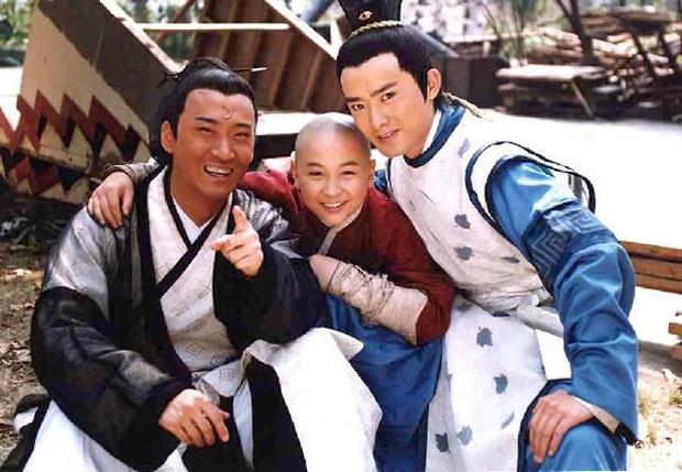 Nhĩ Khang (Hoàn Châu Cách Cách): Toang cả sự nghiệp vì Lâm Tâm Như, lật mặt sau 20 năm chịu oan và giờ thành đại gia trồng lúa-4