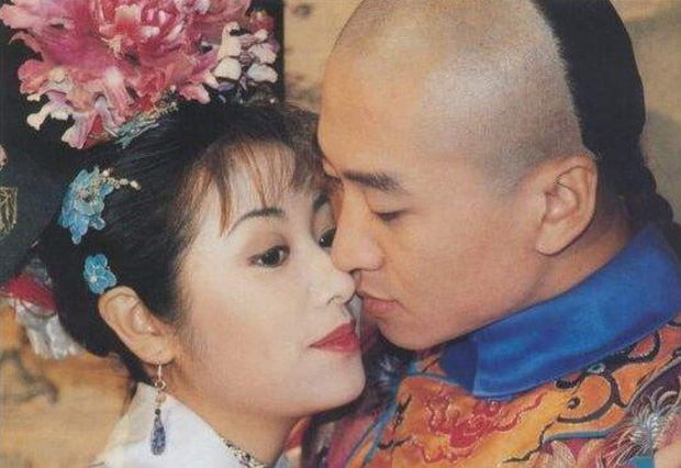 Nhĩ Khang (Hoàn Châu Cách Cách): Toang cả sự nghiệp vì Lâm Tâm Như, lật mặt sau 20 năm chịu oan và giờ thành đại gia trồng lúa-6