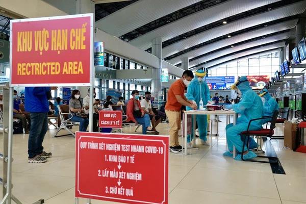 Tổ chức chuyến bay trọn gói đưa người từ TP.HCM và các tỉnh phía Nam về địa phương-1