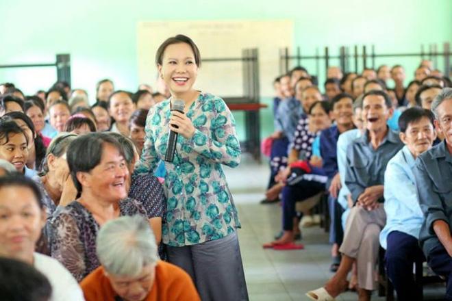 """Bị xỉa xói kinh doanh nghề từ thiện"""" giữa mùa dịch, Việt Hương đáp căng và sẵn sàng đối chất với cơ quan chức năng-5"""