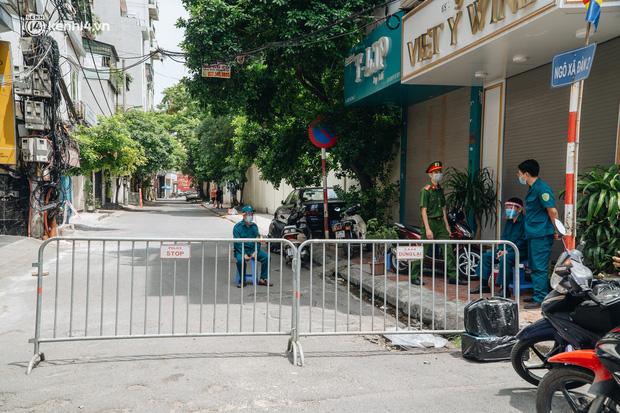Hà Nội: Thiết lập 4 chốt phong tỏa, lấy mẫu xét nghiệm sau khi ghi nhận ca F0 đầu tiên tại phường Nam Đồng-1