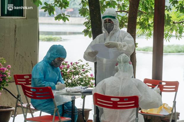 Hà Nội: Thiết lập 4 chốt phong tỏa, lấy mẫu xét nghiệm sau khi ghi nhận ca F0 đầu tiên tại phường Nam Đồng-6