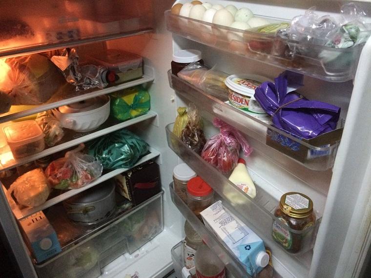 Những sai lầm khi dùng tủ lạnh mà người Việt cần bỏ ngay kẻo rước thêm ổ bệnh cho cả gia đình-3