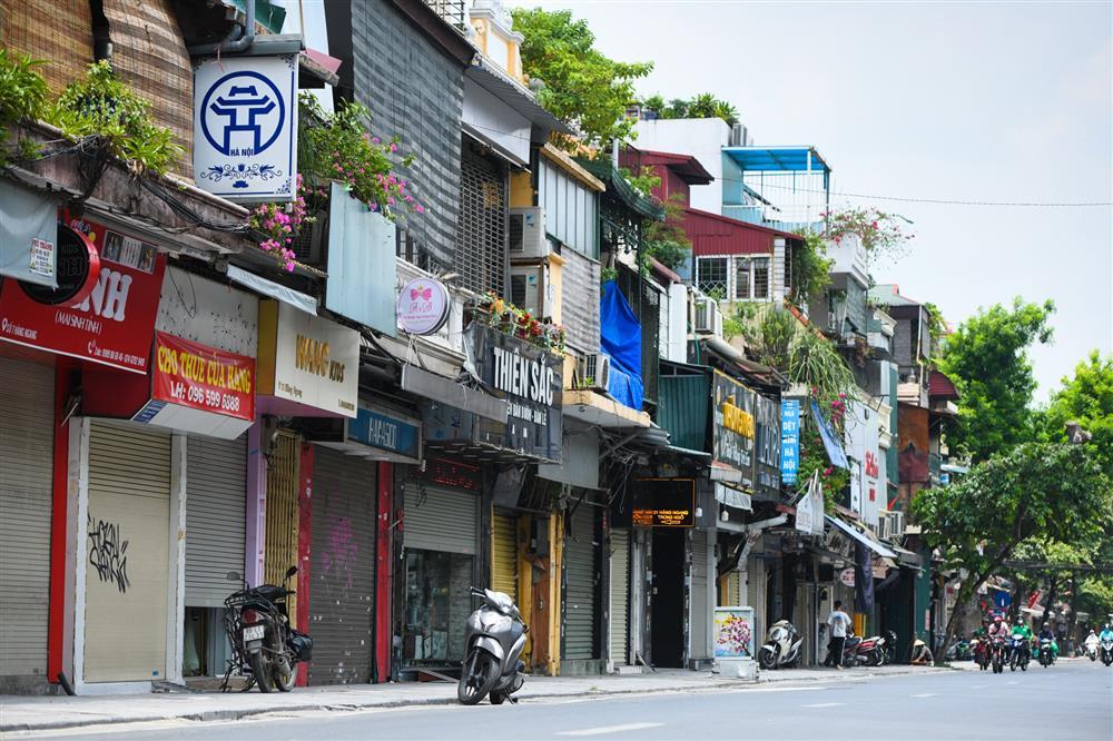 Hàng loạt nhà phố cổ Hà Nội treo biển cho thuê, bán nhà-1