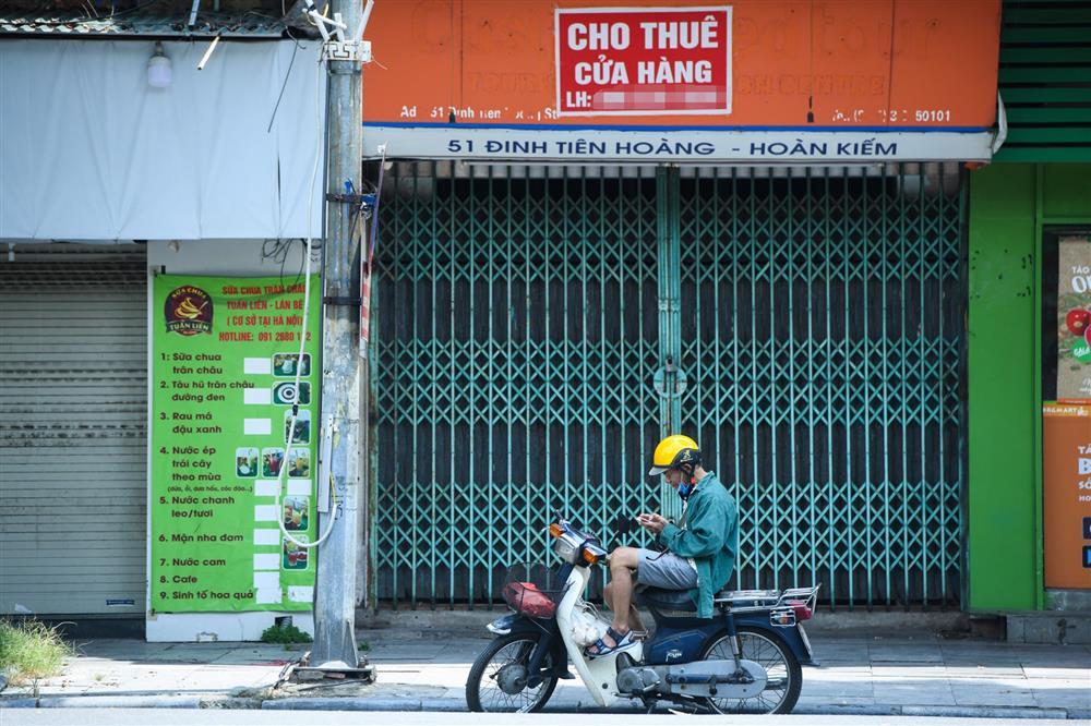 Hàng loạt nhà phố cổ Hà Nội treo biển cho thuê, bán nhà-9