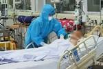 Ba ca dương tính nCoV liên quan nhà thuốc, Hà Nội xét nghiệm khẩn hàng trăm người-9