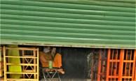 Hàng quán '7 kín, 3 hở' độc lạ ở TP.HCM