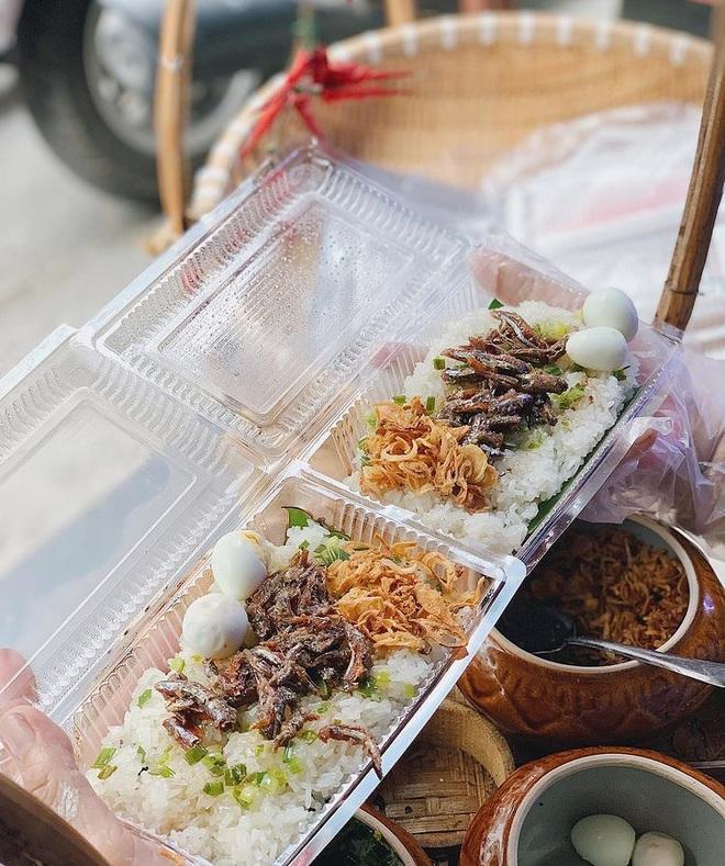 Món xôi nóng hổi ăn kèm của lạ, giá bình dân chỉ hơn cốc trà ở Nha Trang-4