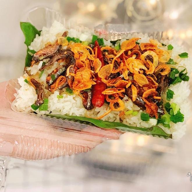 Món xôi nóng hổi ăn kèm của lạ, giá bình dân chỉ hơn cốc trà ở Nha Trang-7