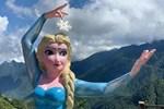 Đã tháo dỡ tượng Nữ hoàng Elsa tại Sa Pa-2