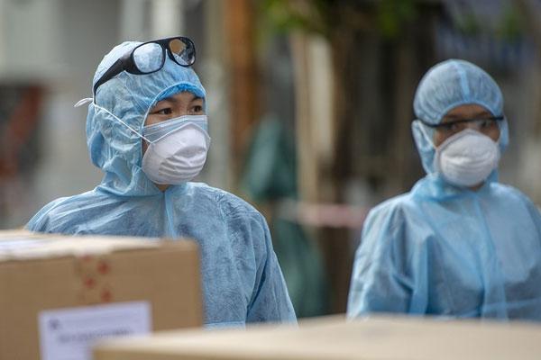 Hà Nội: Thêm bé trai 11 tuổi dương tính với SARS-CoV-2, trong ngày có tổng 41 ca
