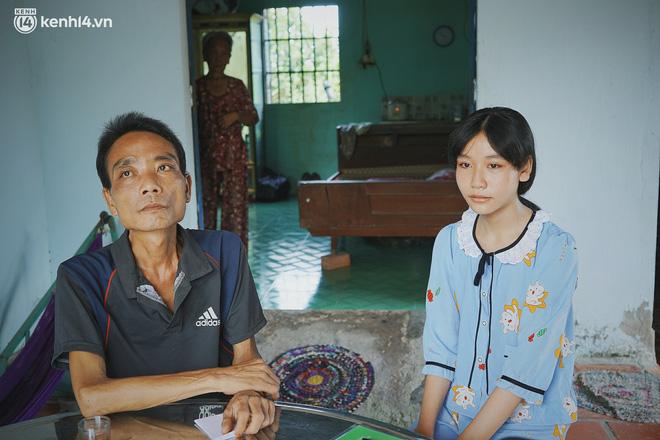 Mẹ bỏ đi, nữ sinh 14 tuổi khóc cạn nước mắt, cầu xin một cơ hội để cứu lấy người cha mắc bệnh hiểm nghèo-3