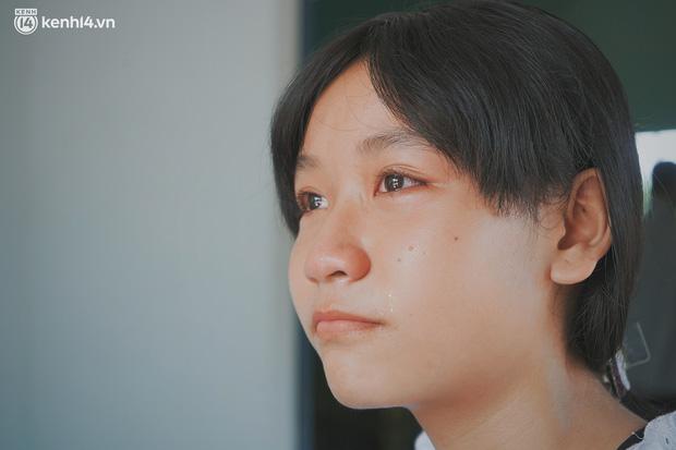 Mẹ bỏ đi, nữ sinh 14 tuổi khóc cạn nước mắt, cầu xin một cơ hội để cứu lấy người cha mắc bệnh hiểm nghèo-9