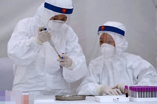 NÓNG: Hà Nội phát hiện thêm 26 ca dương tính SARS-CoV-2 ở nhiều quận, huyện-1