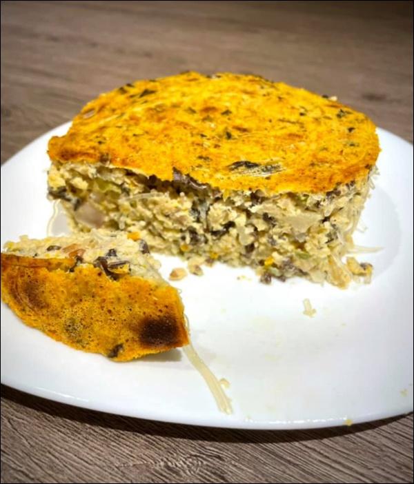 Hari Won vụng về bếp núc, Trấn Thành lạinấu ăn siêu ngon, nghỉ dịch ở nhà trình nấu nướng càng lên tay-3