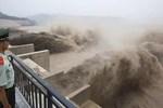 Mưa lũ tại Trung Quốc đã khiến 146 người chết và mất tích-2