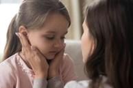 Đừng vì sĩ diện mà khiến con trẻ tổn thương, khi làm sai cha mẹ hãy học cách xin lỗi trẻ sao cho đúng