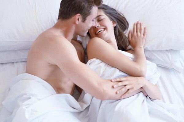 Chê vợ ồn ào khi đang hăng say ân ái, ông chồng nhận được lời đáp trả đầy cay đắng-1