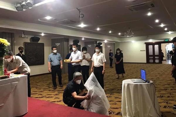 Hoàn cảnh éo le của gia đình nữ sinh Hải Dương 3 lần tình nguyện chống dịch, hiện đang chi viện tại TP.HCM không thể về chịu tang cha-1