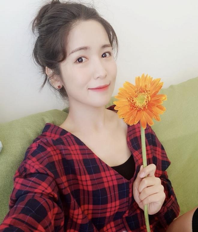8 năm sau khi Wanbi Tuấn Anh qua đời, cuộc sống của bạn gái người Hàn Quốc hiện tại ra sao?-15