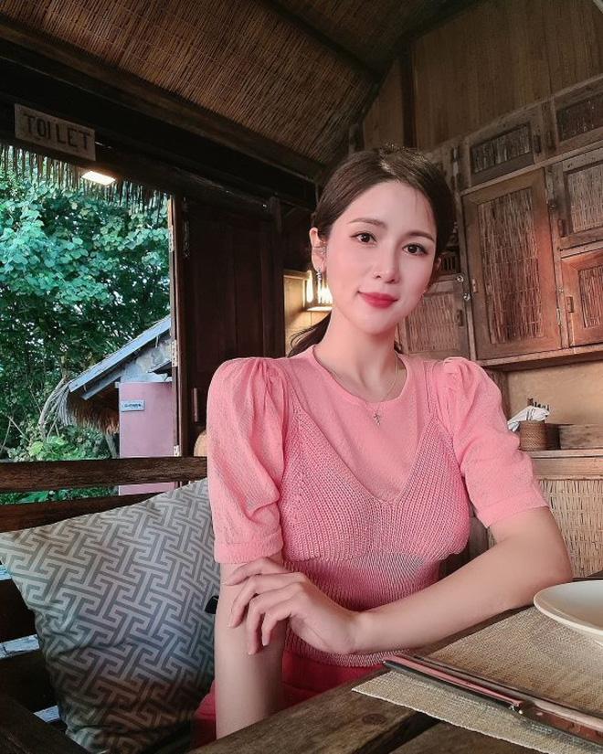 8 năm sau khi Wanbi Tuấn Anh qua đời, cuộc sống của bạn gái người Hàn Quốc hiện tại ra sao?-19