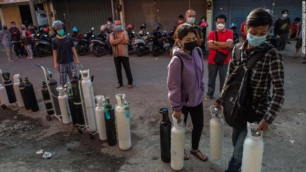 Toàn cảnh cơn khủng hoảng đang xảy ra ở Indonesia - tâm dịch mới của cả châu Á: Một địa ngục Covid-19 mới đang xuất hiện?-4