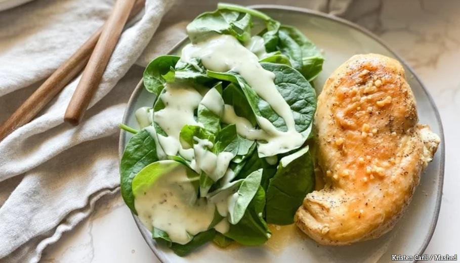 10 công thức biến tấu ức gà nhàm chán thành món ăn ai cũng phải thòm thèm-1