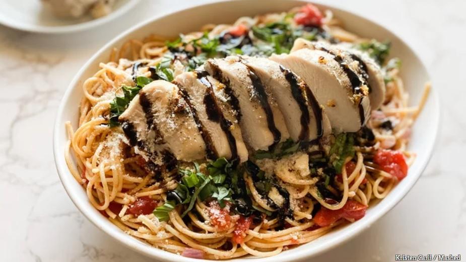 10 công thức biến tấu ức gà nhàm chán thành món ăn ai cũng phải thòm thèm-4