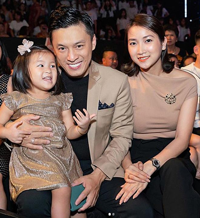 Từng bị tin đồn rạn nứt, hôn nhân của Lam Trường và vợ hai kém 17 tuổi giờ ra sao?-2