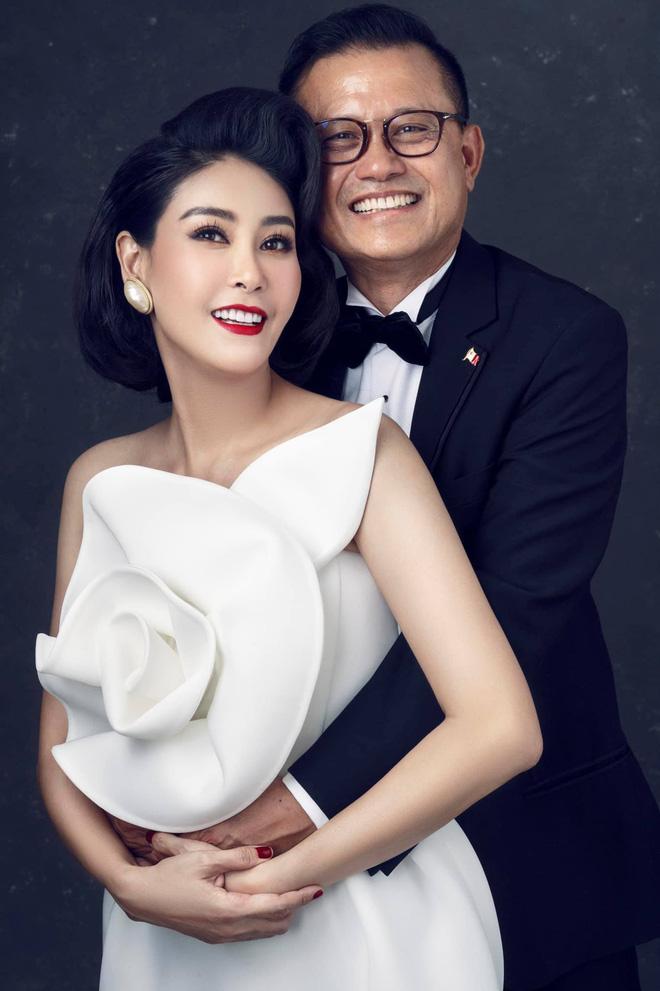 """Hà Kiều Anh kỉ niệm 14 năm ngày cưới sau ồn ào công chúa triều Nguyễn, visual cả nhà đỉnh chóp"""" nhưng có 1 điều gây tiếc nuối!-3"""