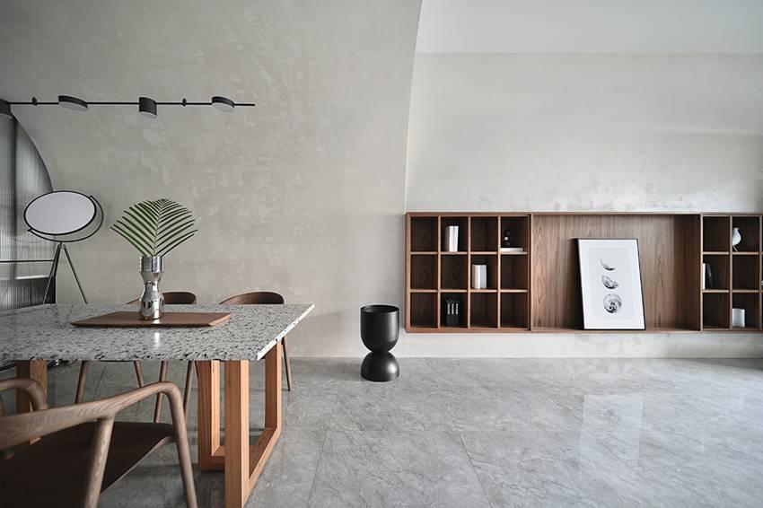 Ngôi nhà 60m2 có 3 thế hệ cùng sinh sống: Thiết kế lạ không giống khuôn mẫu thông thường, phòng bếp độc đáo trông như một hang động thu nhỏ-1