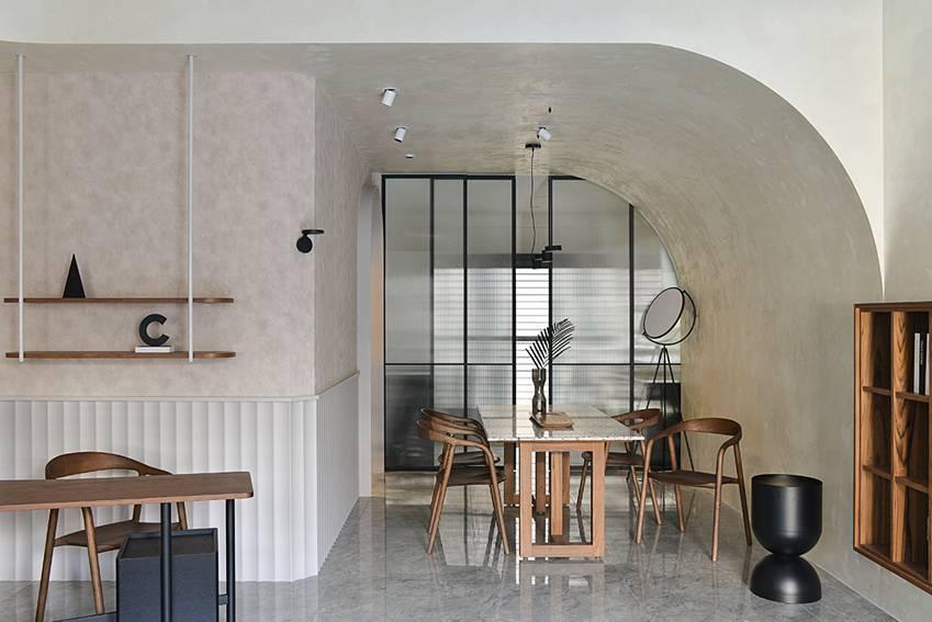 Ngôi nhà 60m2 có 3 thế hệ cùng sinh sống: Thiết kế lạ không giống khuôn mẫu thông thường, phòng bếp độc đáo trông như một hang động thu nhỏ-6