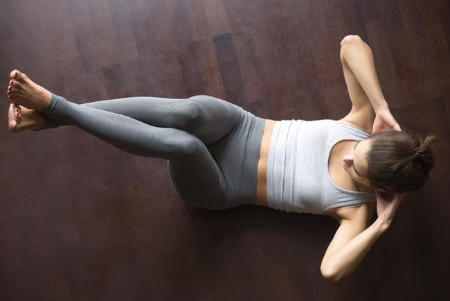 Giảm cân ở tuổi 35: 4 điều cần nhớ và thời điểm uống nước giúp bụng phẳng lỳ mà nhiều chị em không để ý-5