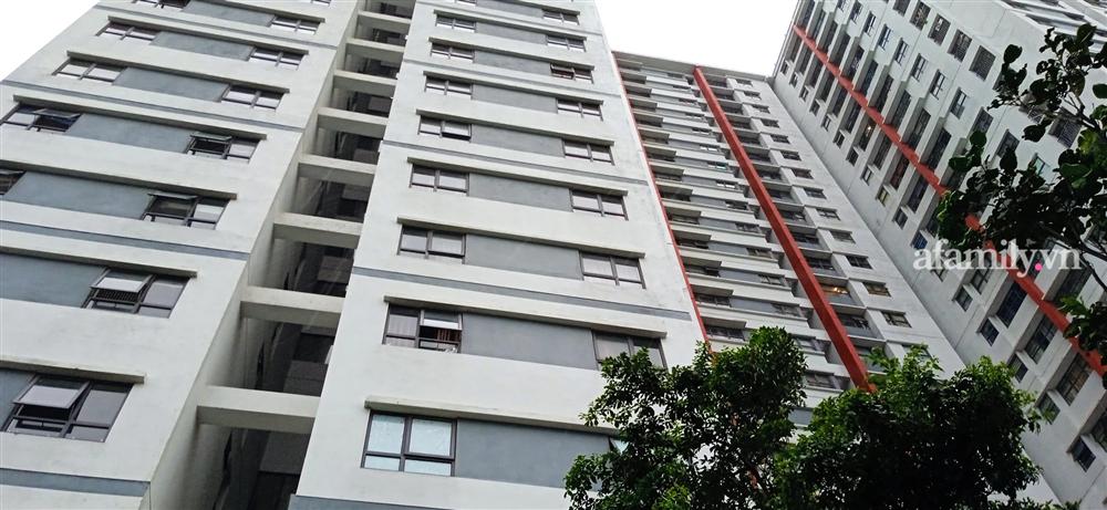 Hà Nội: Bé trai cạy lưới chắn rơi từ tầng 6 chung cư Gamuda-2