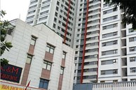 Hà Nội: Bé trai cạy lưới chắn rơi từ tầng 6 chung cư Gamuda