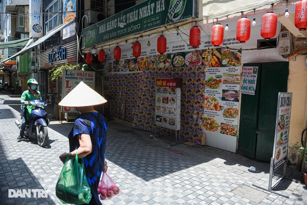 Cảnh cửa đóng then cài, đìu hiu ở phố ẩm thực không ngủ Hà Nội-7