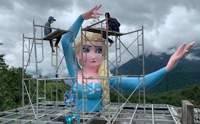 Đã tháo dỡ tượng Nữ hoàng Elsa tại Sa Pa-1