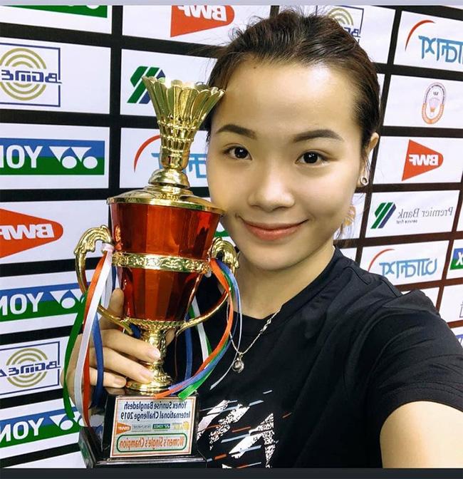 Hot girl cầu lông Nguyễn Thuỳ Linh đại thắng sao Pháp gốc Trung Quốc ở Olympic Tokyo-2