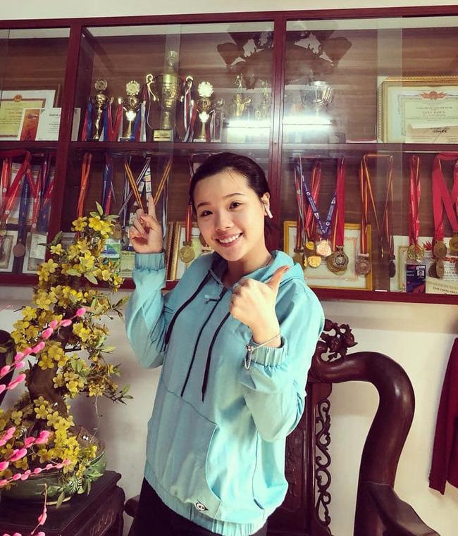 Hot girl cầu lông Nguyễn Thuỳ Linh đại thắng sao Pháp gốc Trung Quốc ở Olympic Tokyo-3