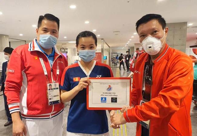 Hot girl cầu lông Nguyễn Thuỳ Linh đại thắng sao Pháp gốc Trung Quốc ở Olympic Tokyo-1