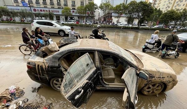 Cảnh tang thương ở Trịnh Châu: Dọn hầm ngập lụt, phát hiện nhiều xác người chết đuối-2
