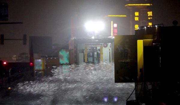 Cảnh tang thương ở Trịnh Châu: Dọn hầm ngập lụt, phát hiện nhiều xác người chết đuối-3