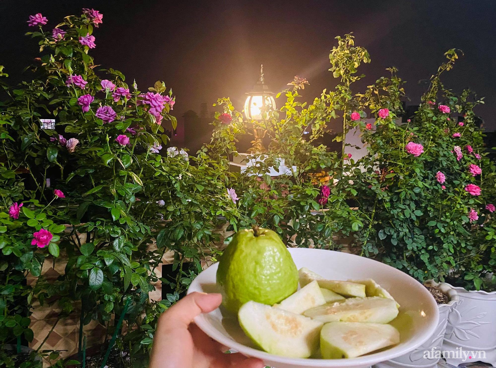 Sân thượng phủ kín hoa hồng và rau quả sạch ở Sài Gòn của Hoa hậu Janny Thủy Trần-25