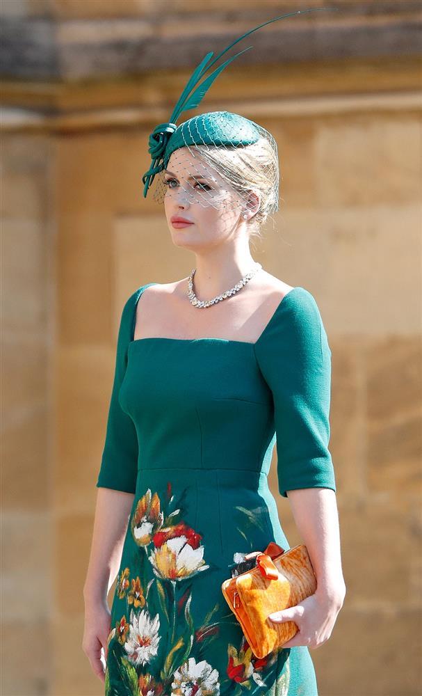 Cháu gái Công nương Diana kết hôn: Bộ váy cưới vượt thời gian và câu chuyện xúc động đằng sau con số 32-1