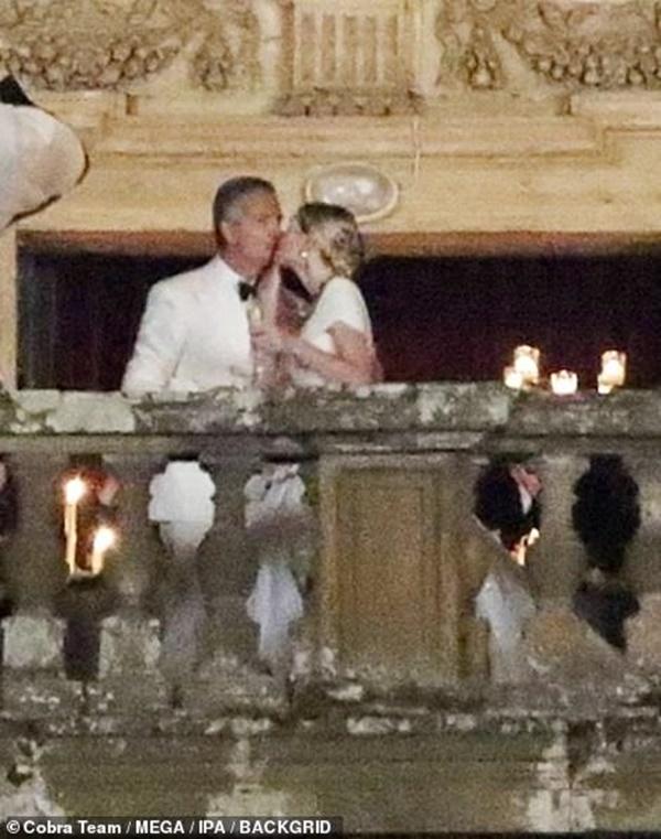 Cháu gái Công nương Diana từng chiếm spotlight tại đám cưới Meghan bất ngờ kết hôn, danh tính chú rể gây chú ý-4